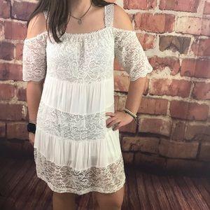 Topshop Lace Cold Shoulder Dress Size 6